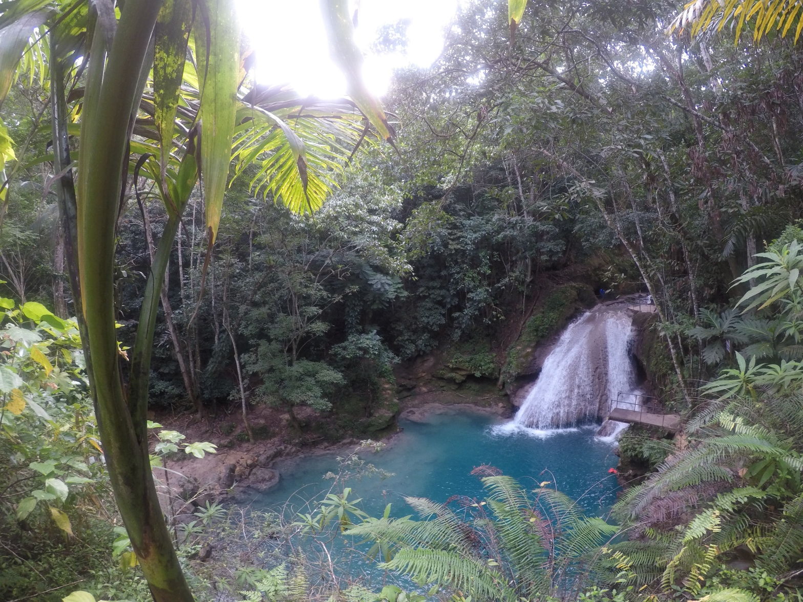 The Blue Hole Waterfall in Jamaica_Ocho Rios